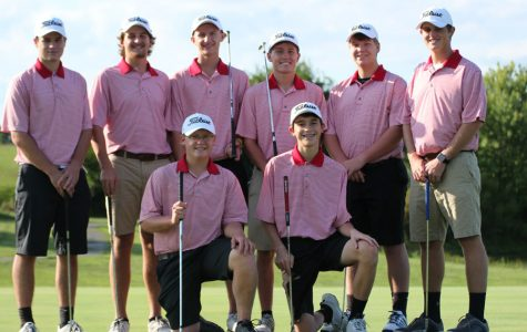 Boys' Golf Team Prepares For Regions