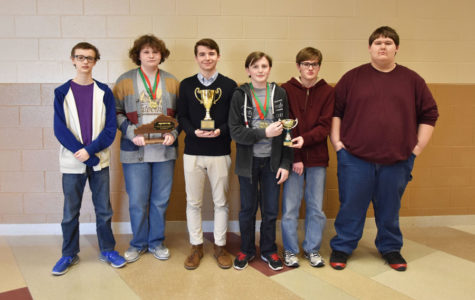 Academic Team Members Advance to State
