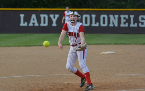 Sophomore Pitcher Leads Softball Team Into Season