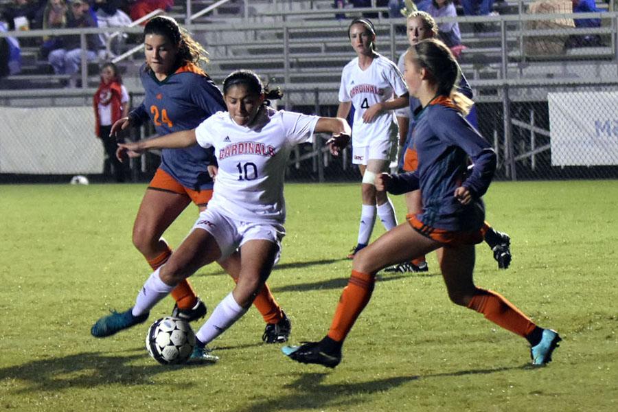 Girls' Soccer advances to Regional Championship