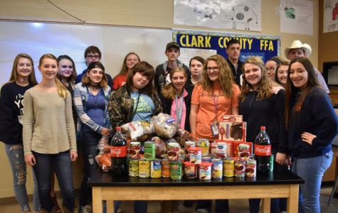 Beta Club and FFA Work Together to Make Thanksgiving Baskets