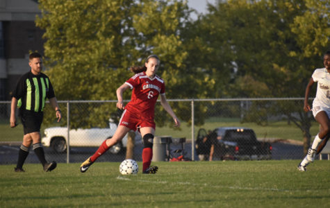 Girls' Soccer Not Letting Youth Hinder Their Season Goals