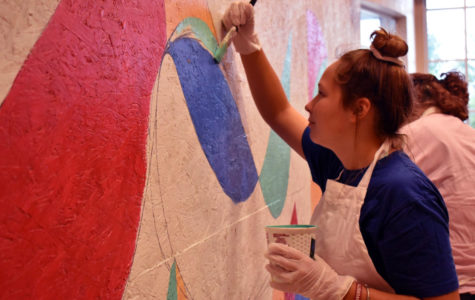 Cohort students express creativity through mural