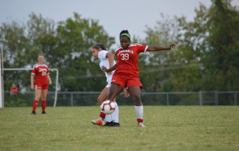 Lady Card Soccer goes for district title