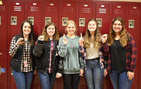 Clevenger offers students a new experience with ASL club