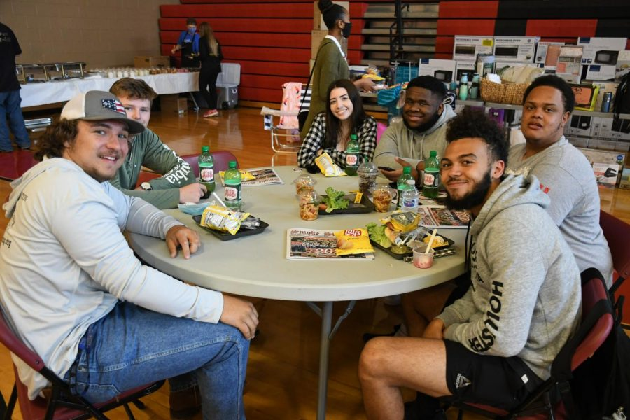 Awards Luncheon celebrates the Class of 2021